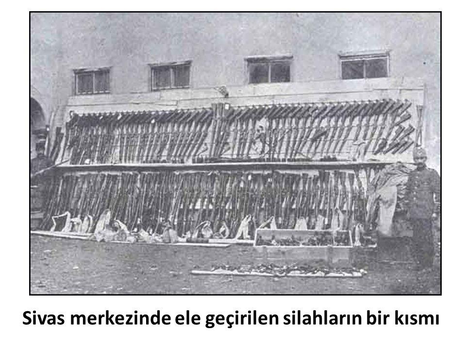 Sivas merkezinde ele geçirilen silahların bir kısmı