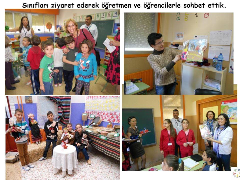 Sınıfları ziyaret ederek öğretmen ve öğrencilerle sohbet ettik.
