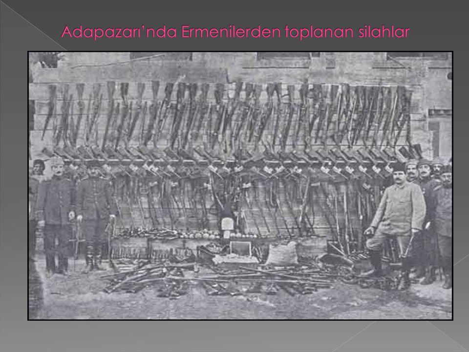 Adapazarı'nda Ermenilerden toplanan silahlar