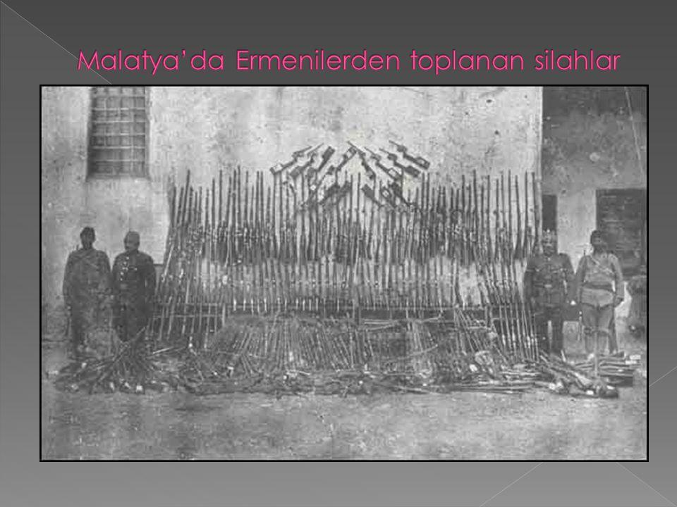 Malatya'da Ermenilerden toplanan silahlar