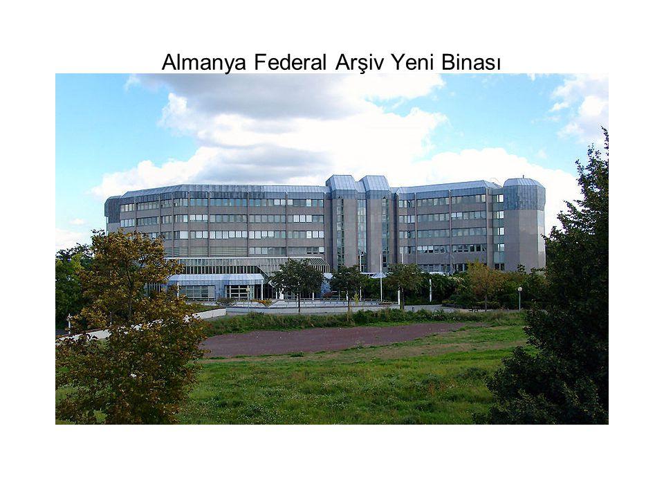 Almanya Federal Arşiv Yeni Binası