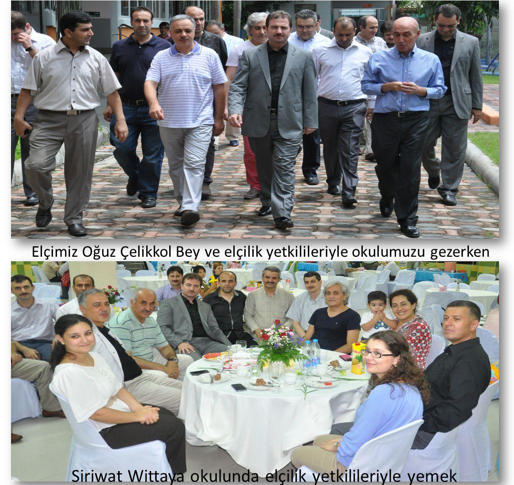Siriwat Wittaya okulunda elçilik yetkilileriyle yemek