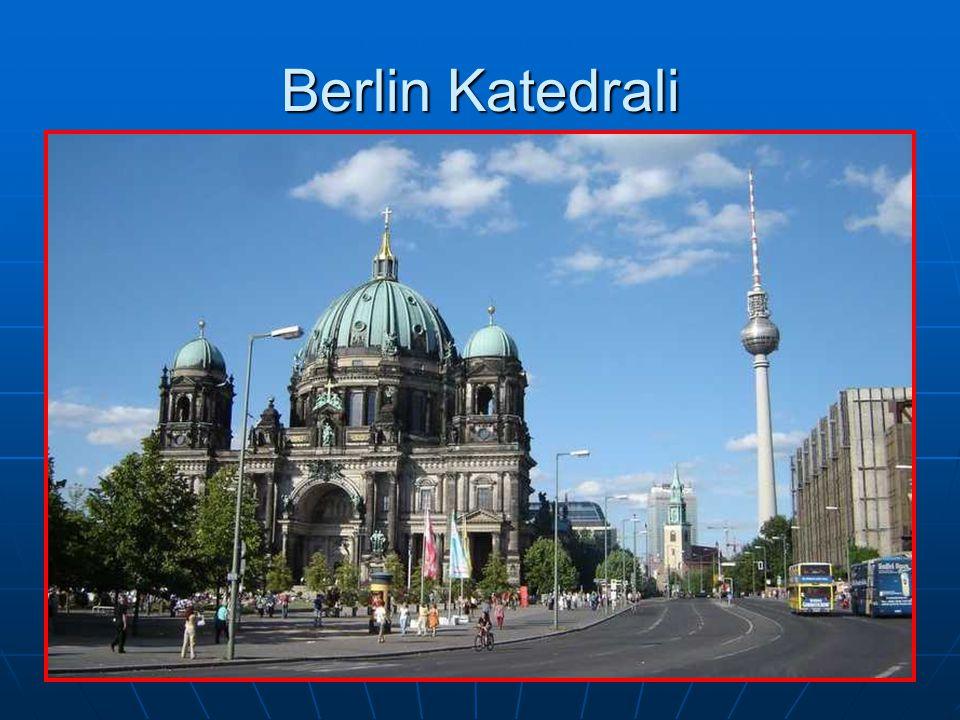 Berlin Katedrali Taylan BATMAN