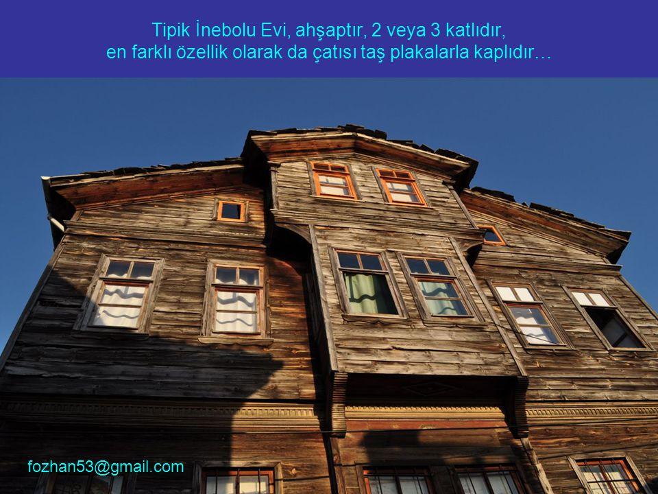 Tipik İnebolu Evi, ahşaptır, 2 veya 3 katlıdır, en farklı özellik olarak da çatısı taş plakalarla kaplıdır…