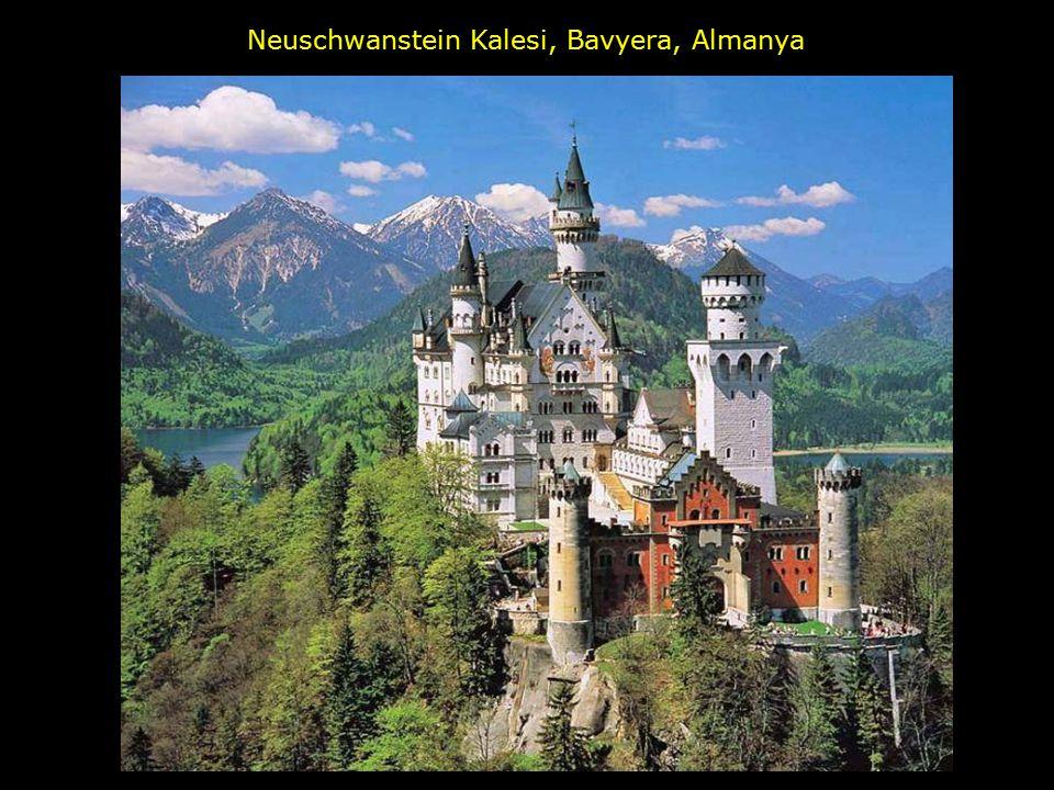 Neuschwanstein Kalesi, Bavyera, Almanya