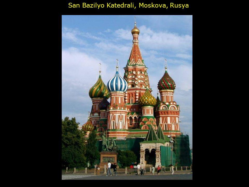 San Bazilyo Katedrali, Moskova, Rusya