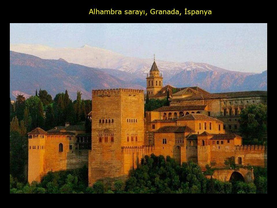 Alhambra sarayı, Granada, İspanya