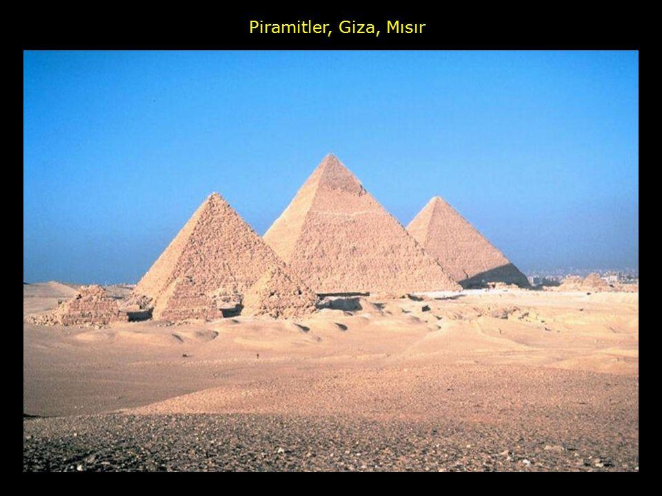 Piramitler, Giza, Mısır