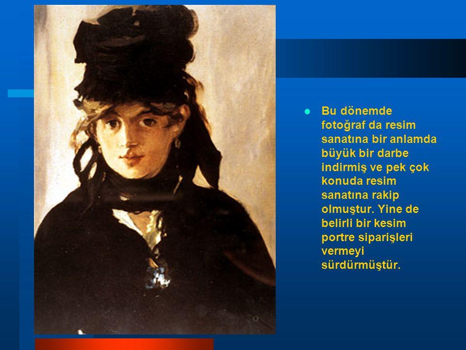 Bu dönemde fotoğraf da resim sanatına bir anlamda büyük bir darbe indirmiş ve pek çok konuda resim sanatına rakip olmuştur.