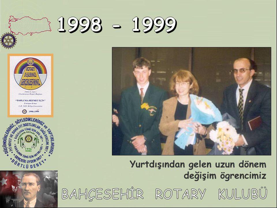 1998 - 1999 Yurtdışından gelen uzun dönem değişim ögrencimiz