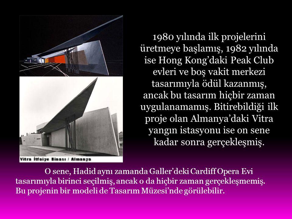 1980 yılında ilk projelerini üretmeye başlamış, 1982 yılında ise Hong Kong'daki Peak Club evleri ve boş vakit merkezi tasarımıyla ödül kazanmış, ancak bu tasarım hiçbir zaman uygulanamamış. Bitirebildiği ilk proje olan Almanya'daki Vitra yangın istasyonu ise on sene kadar sonra gerçekleşmiş.