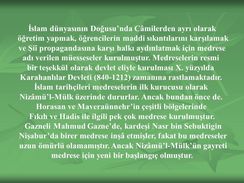 İslam dünyasının Doğusu'nda Câmilerden ayrı olarak