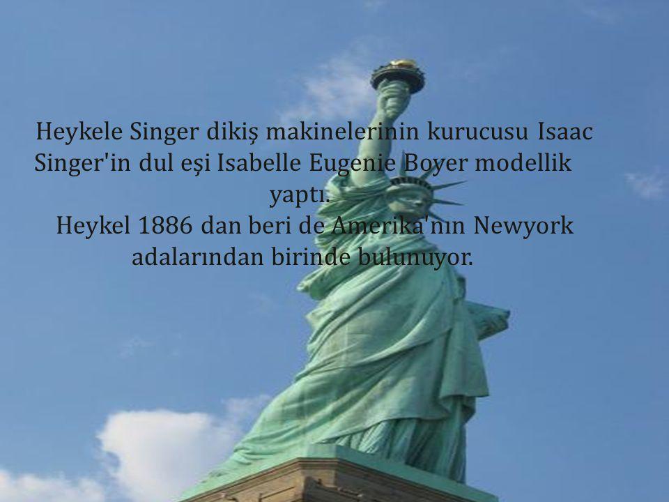 Heykele Singer dikiş makinelerinin kurucusu Isaac Singer in dul eşi Isabelle Eugenie Boyer modellik yaptı.