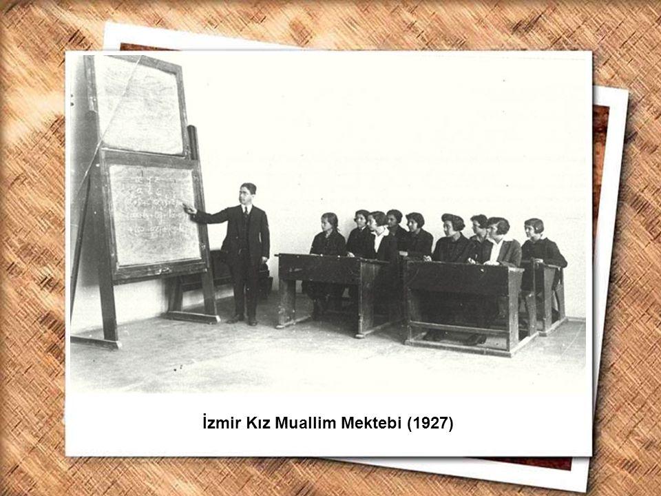 İzmir Kız Muallim Mektebi (1927)