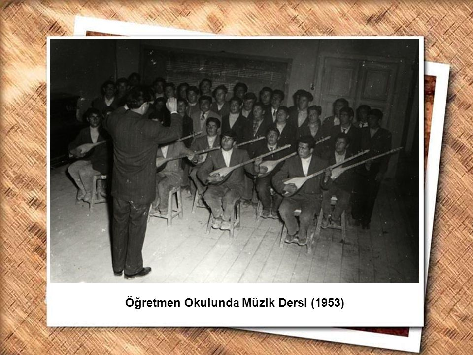 Öğretmen Okulunda Müzik Dersi (1953)