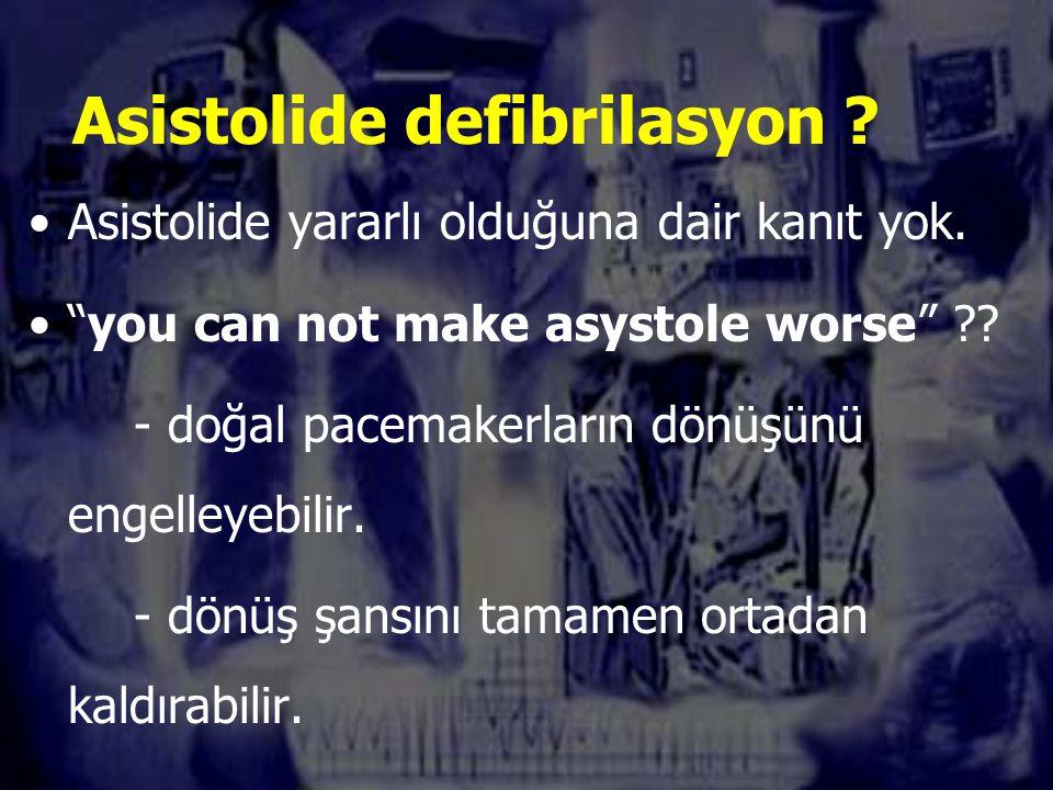Asistolide defibrilasyon