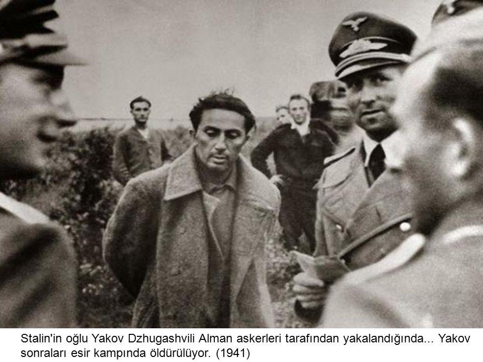 Stalin in oğlu Yakov Dzhugashvili Alman askerleri tarafından yakalandığında...