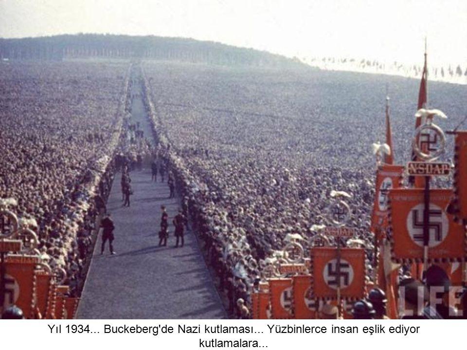 Yıl 1934. Buckeberg de Nazi kutlaması