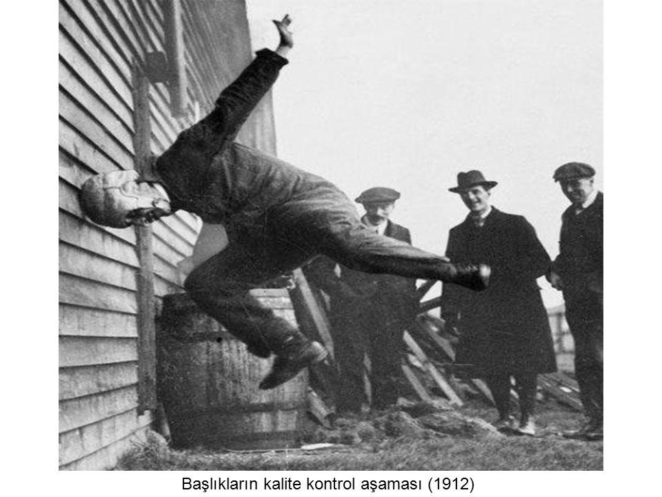 Başlıkların kalite kontrol aşaması (1912)