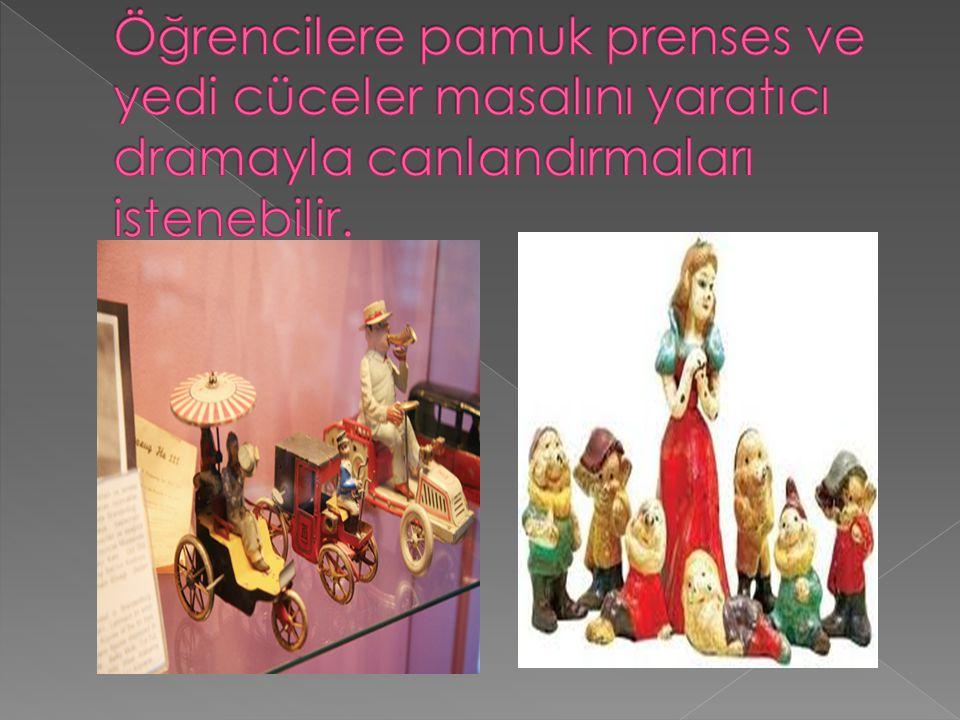 Öğrencilere pamuk prenses ve yedi cüceler masalını yaratıcı dramayla canlandırmaları istenebilir.