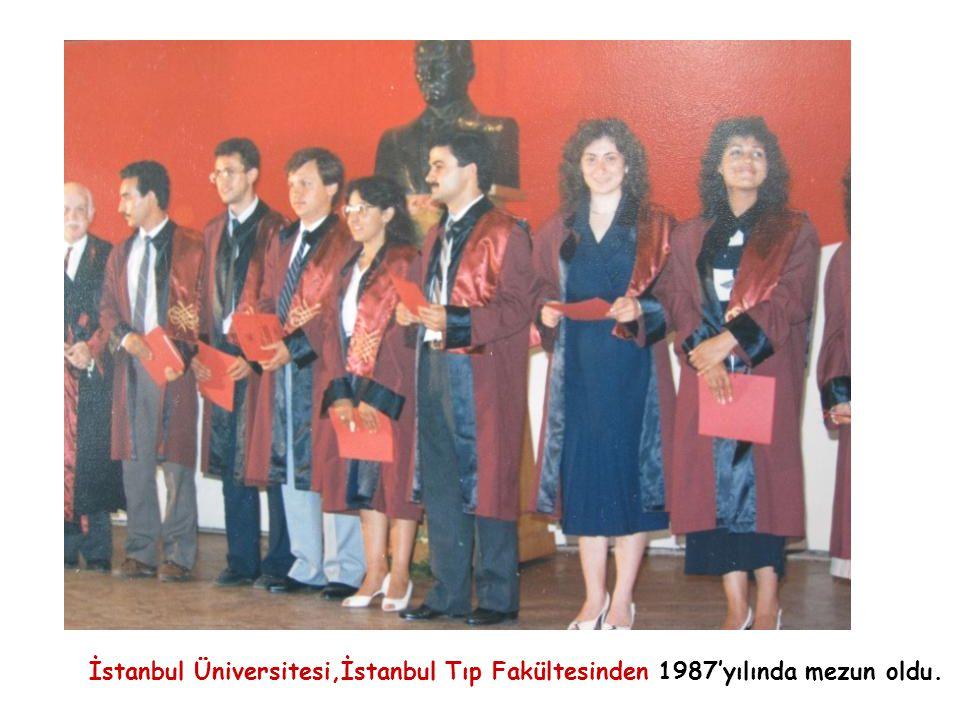 İstanbul Üniversitesi,İstanbul Tıp Fakültesinden 1987'yılında mezun oldu.