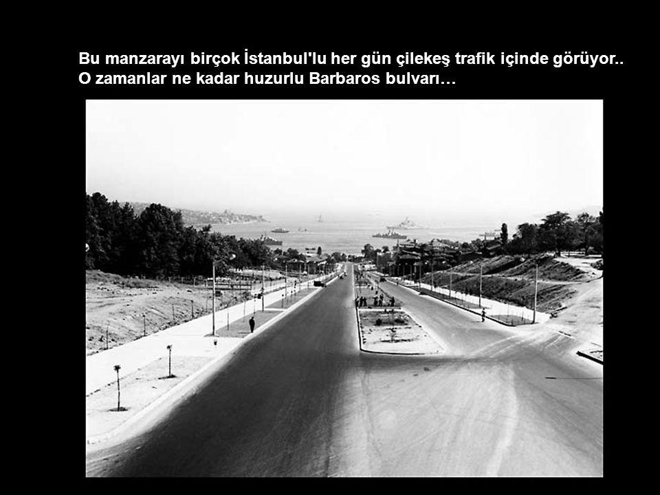 Bu manzarayı birçok İstanbul lu her gün çilekeş trafik içinde görüyor..