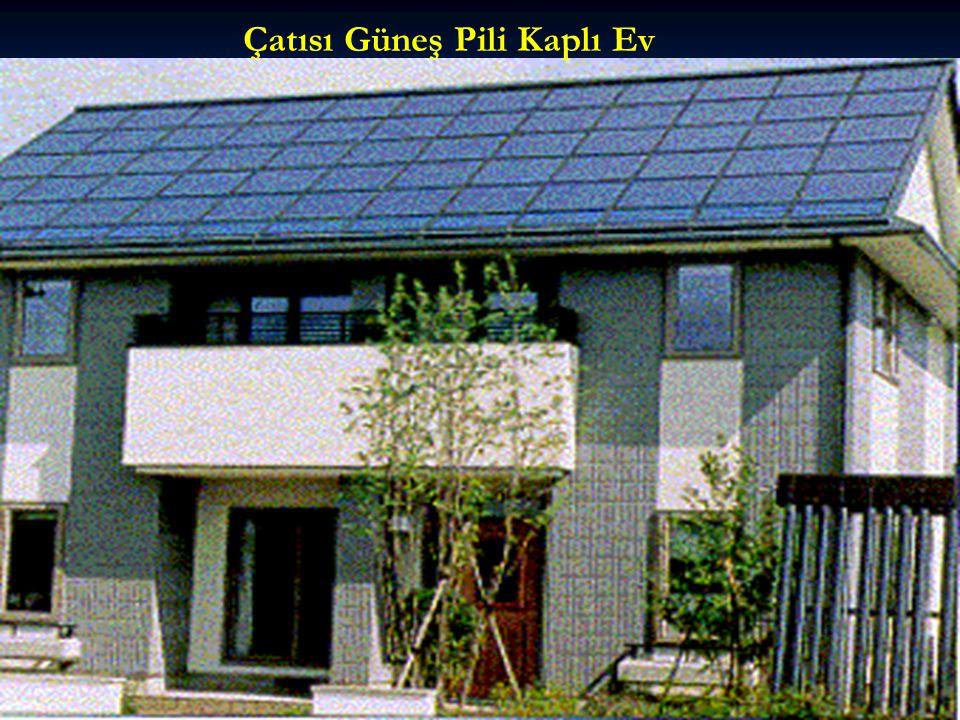 Çatısı Güneş Pili Kaplı Ev