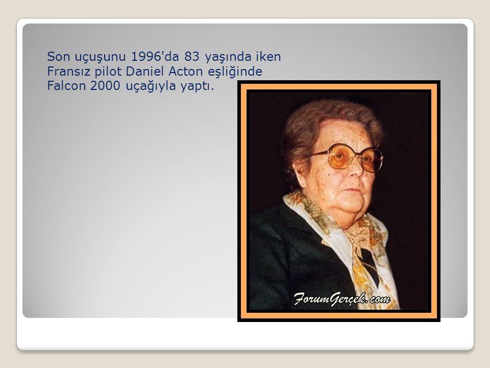 Son uçuşunu 1996 da 83 yaşında iken Fransız pilot Daniel Acton eşliğinde Falcon 2000 uçağıyla yaptı.