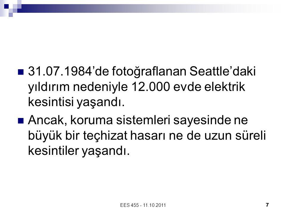 31. 07. 1984'de fotoğraflanan Seattle'daki yıldırım nedeniyle 12