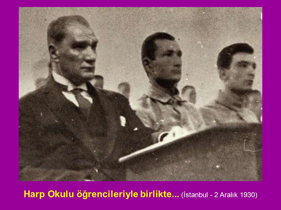 Harp Okulu öğrencileriyle birlikte... (İstanbul - 2 Aralık 1930)