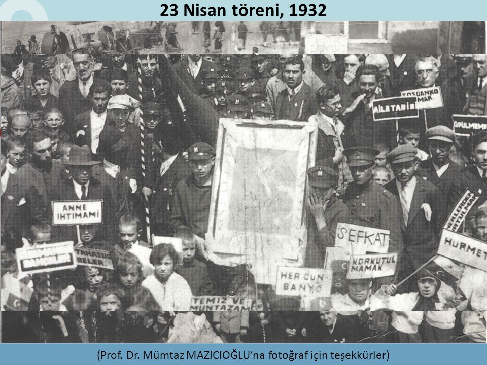 23 Nisan töreni, 1932 (Prof. Dr. Mümtaz MAZICIOĞLU'na fotoğraf için teşekkürler)