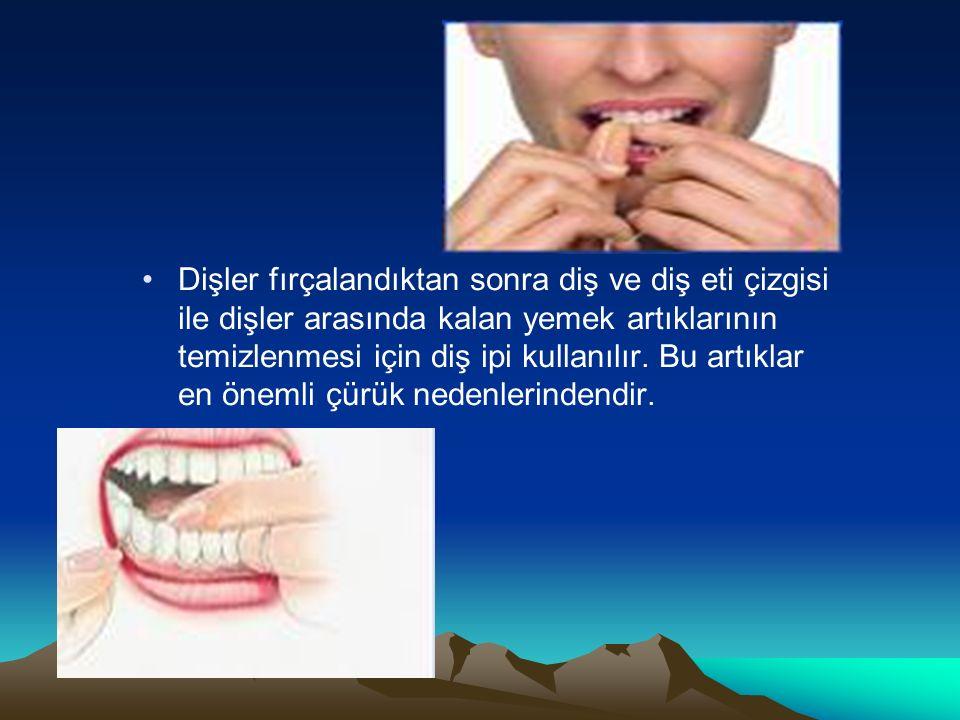 Dişler fırçalandıktan sonra diş ve diş eti çizgisi ile dişler arasında kalan yemek artıklarının temizlenmesi için diş ipi kullanılır.