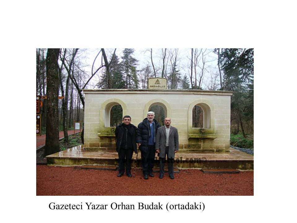 Gazeteci Yazar Orhan Budak (ortadaki)