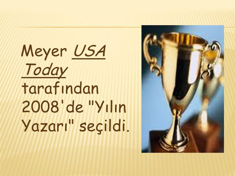 Meyer USA Today tarafından 2008 de Yılın Yazarı seçildi.