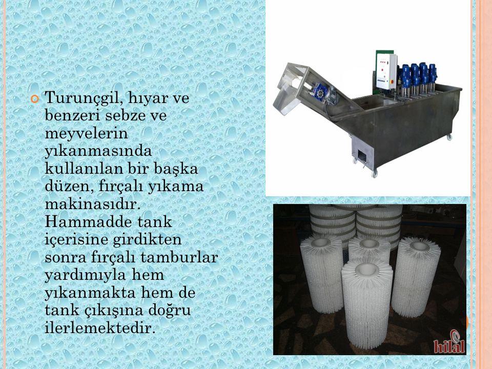 Turunçgil, hıyar ve benzeri sebze ve meyvelerin yıkanmasında kullanılan bir başka düzen, fırçalı yıkama makinasıdır.