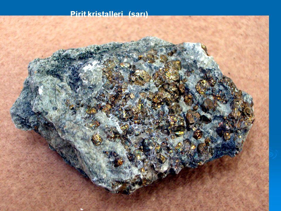 Pirit kristalleri (sarı)