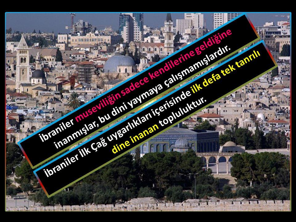 Hz. Süleyman'ın ölümünden sonra İbraniler arasında birlik bozulmuş, biri İsrail, diğeri de Yuda (Yahudi) olmak üzere iki devlet hâline gelmişlerdir. Bu iki devletin karşılıklı mücadelesinden yararlanan Asurlular, MÖ VIII. Yüzyılda İsrail Devleti'ne son vermiştir. MÖ VI. yüzyılın ikinci yarısında da II. Babil Devleti, Yuda Devleti'ni yıkmış ve Yahudileri Babil'e sürmüştür. Babiller, Yahudileri yalnızca sürmekle yetinmemişler onlara ait Mescid-i Aksa'yı da yıkmışlardır.
