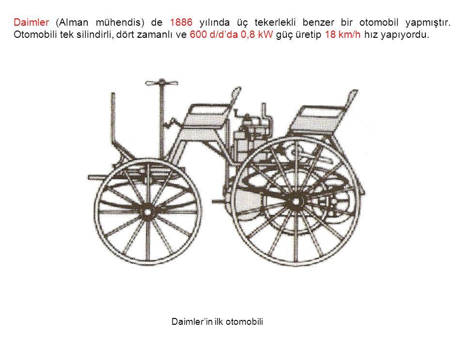 Daimler (Alman mühendis) de 1886 yılında üç tekerlekli benzer bir otomobil yapmıştır. Otomobili tek silindirli, dört zamanlı ve 600 d/d'da 0,8 kW güç üretip 18 km/h hız yapıyordu.